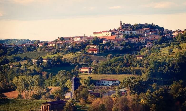 Frassinello Monferrato piedmont travel guide