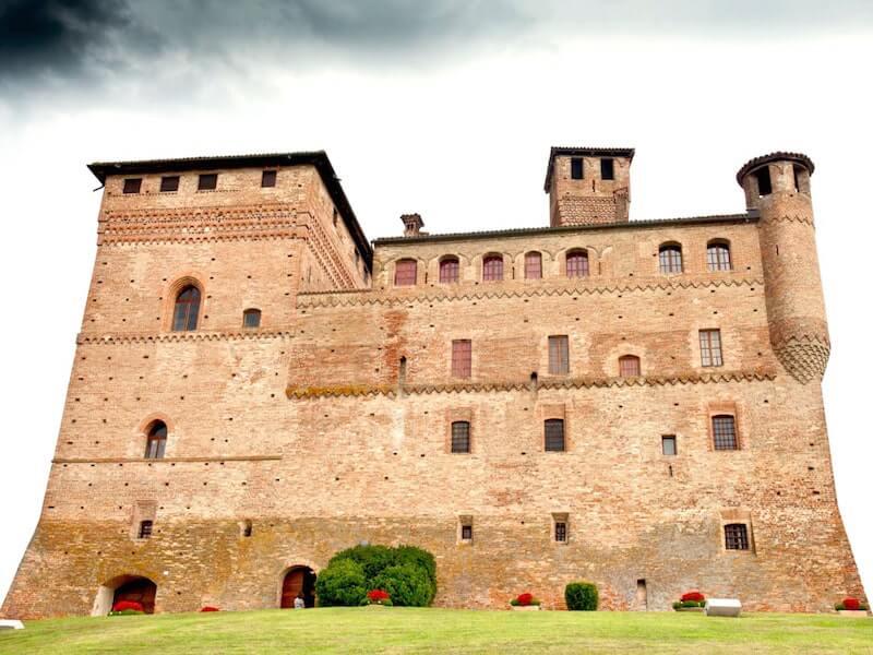 Grinzane Cavour Regional Winery