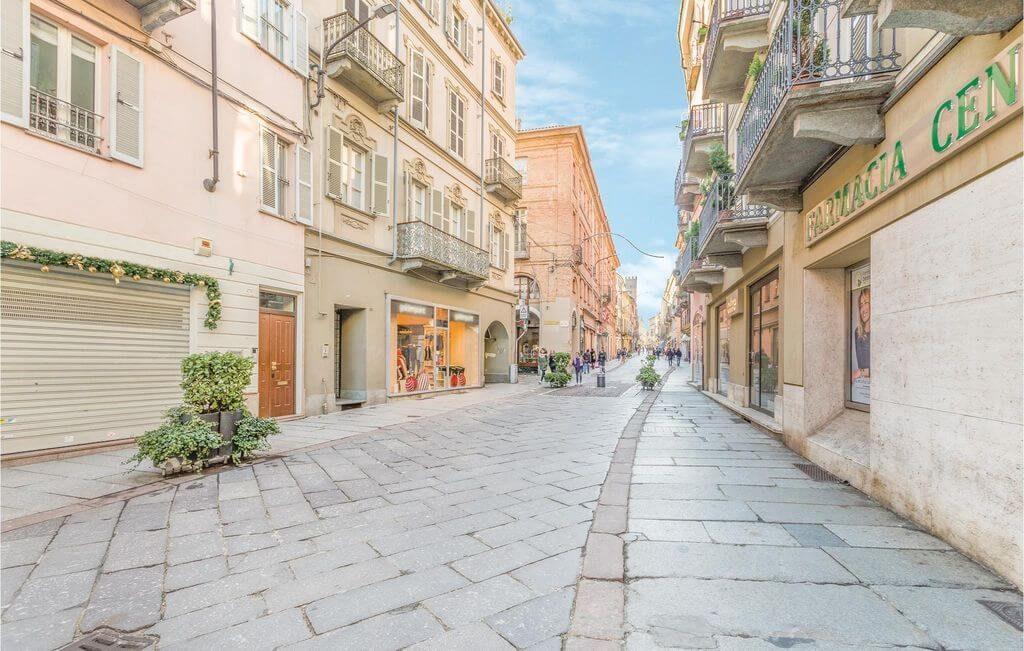 Asti, Corso Alfieri